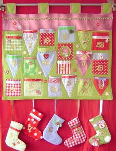 Adventskalender - toller Adventskalender*grün/rot/blau*Weihnachten* - ein Designerstück von Leas-Kinderwelt bei DaWanda