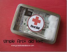 Simple First Aid Kits in a metal tin with super cute label! Perfect for backpacks, purses, diaper bags, glove boxes or anywhere you need a first aid kit!