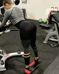 """12.1k Likes, 123 Comments - GymGlutes™ (@gymglutes) on Instagram: """"My TOP 5️⃣ #BOOTY exercises! Try these & visit @FitFemaleVideos for workouts, routine, and…"""""""