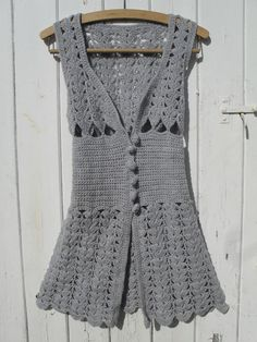Vintage 70's vest - this is really pretty, so glad some fashions come back.  Glad others have stayed away...lol