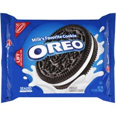 Take a delicious break with Oreo Chocolate Sandwich Cookies, the favorite of millions around the world since Supremely dunkable, Oreos sandwich a rich Sandwich Cookies, Oreo Cookies, Oreos, Easy Delicious Recipes, Snack Recipes, Appetizer Recipes, Easy Recipes, Vegan Recipes, Bolo Hello Kitty