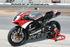 DucShop 848evo race bike