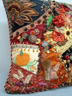Embroidery Applique, Beaded Embroidery, Embroidery Stitches, Crazy Quilt Stitches, Crazy Quilting, Art Quilting, Crazy Patchwork, Halloween Quilts, Colorful Quilts