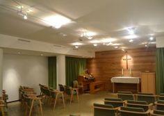 """De sakrale kvalitetene ved kirkerom på institusjoner glemmes ofte. Her kan du se et eksempel et på kirkerom som har vært """"løftet"""" med små midler."""