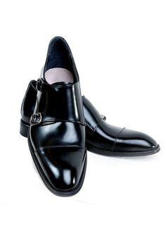 https://www.gizlitopuklar.com/damat-ayakkabi-modelleri-9 Muhteşem boy uzatan ayakkabıya hemen sitemiz üzerinden sahip olabilirsiniz.
