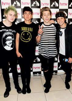 Report @ @Little Miss Perfect... If Your A 5sos Fan Check Out Her Pins!!!! LIKE NOW! YOU'VE GOT TO.. IT'S HORRIBLE!!!