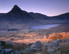 Snowdonia, is in Wales not in England. Wales Snowdonia, Pembrokeshire Coast, Snowdonia National Park, Valley Village, England Ireland, Holiday Places, North Wales, British Isles, Great Britain