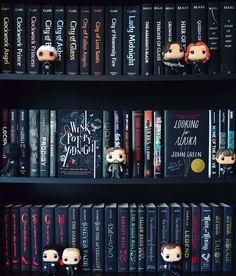 I guess you could say that this shelfie is... Siriusly Black (created purely for the pun and I'm not sorry )