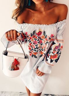 summer outfits White Floral Off The Shoulder Dress