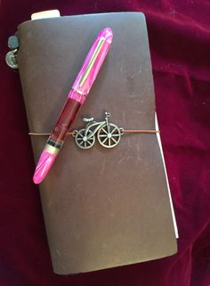 My custom pink Menlo by Brian Gray of Edison Pen Co with my Midori journal