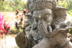 Peaceful Bali - on a yoga retreat with Travis Eliot and Lauren Eckstrom.