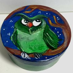 DIY colorful box fully painted with acrylic box. Varnished for protection. Diameter 15cm, height 7cm