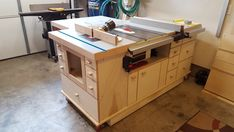 Woodworking Circular Saw My table saw station nearing completion - Router Table Plans, Table Saw Workbench, Table Saw Jigs, Workbench Plans, Cnc Table, Jet Table Saw, Table Saw Station, Table Saw Stand, Jet Woodworking Tools