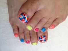11 Toenails Summer Ideas, Colorful nails -- Cute, but those are- WOAH! -those are some just HUGE big-toe nails.