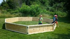 Portable gaga pit how to. the change is to use commercial hinges instead of flat steel brackets that have to be bent. Also you need four 2x4s - not two like the plans say.