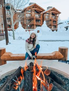 Winter In Jackson, Wyoming – Honeymoon Wyoming Mountains, Wyoming Vacation, Ski Vacation, Places To Travel, Places To Go, Jackson Hole Wyoming, Jackson Hole Skiing, Usa Holidays, Winter Holidays