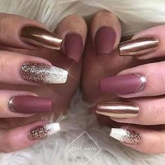 There are three kinds of fake nails which all come from the family of plastics. Acrylic nails are a liquid and powder mix. They are mixed in front of you and then they are brushed onto your nails and shaped. These nails are air dried. Cute Nail Designs, Acrylic Nail Designs, Pedicure Designs, Elegant Nail Designs, Different Nail Designs, Elegant Nails, Classy Nails, Crome Nails, Burgundy Nail Art
