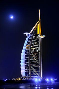 Burj al Arab Dubai Burj Al Arab, Unique Buildings, Beautiful Buildings, Dubai Buildings, Gothic Architecture, Amazing Architecture, Abu Dhabi, Monuments, Places To Travel