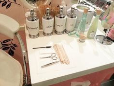 Sephora, Benefit Brow Bar, Bar Ideas, Cannes, Business Ideas, Brows, Sick, Salons, Posts
