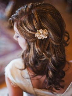 Up next, is a soiree that will make you swoon and then some by Heather Nan Photography . With the stunning scenery Utah is known for, snow flakes that seemed to fall on cue and a collection of hues pe. Wedding Hair And Makeup, Wedding Beauty, Hair Makeup, Down Hairstyles, Wedding Hairstyles, Hair Extension Salon, Hair Today, Hair Hacks, Hair Inspiration