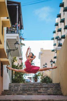 dancing-in-puerto-rico-Omar-Robles-9