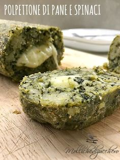 polpettone di pane con spinaci Raw Food Recipes, Veggie Recipes, Italian Recipes, Vegetarian Recipes, Cooking Recipes, Healthy Recipes, Savoury Dishes, Vegan Dishes, Veggie Side Dishes