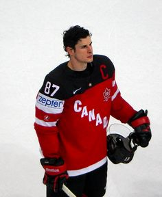 Sidney Crosby at the semi finals against the Czech Republic at the 2015 IIHF…