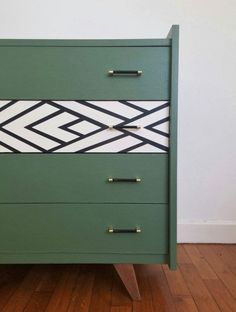 Love this DIY dresser drawer makeover bringing some life and interest to the piece of furniture by some paint and making one drawer unique with it's own individual pattern. A perfect piece ideal for a nursery room. #dressermakeover #dressermakeoverdiy #dressermakeoverdiyideas #creativedresser #creativedresserideas