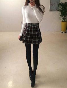 Korean outfits, korean fashion winter, fall outfits, cute outfits, korean c Cute Fashion, Look Fashion, Trendy Fashion, Fashion Design, Mode Outfits, Fall Outfits, Fashion Outfits, School Skirt Outfits, Mode Ulzzang