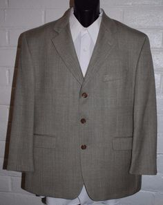 Ralph Lauren Mens Sport Coat 42S 3 Button Notched Lapetl Single Vent Silk Blend #RalphLauren #ThreeButton