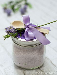 bath-salts-recipe-lavender-mint-homemade - what a great DIY gift!