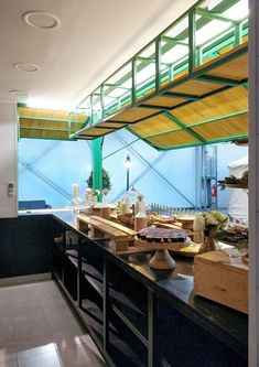 Rooftop Restaurant, Restaurant Design, Garage Cafe, Container Cafe, Small Bars, Car Shop, Car Wash, Design Process, Pop Up