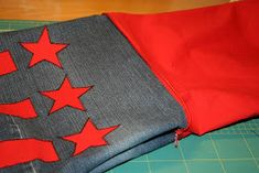 kulmat ja leikkaa ylimääräinen kangas pois. Flag, Science, Flags
