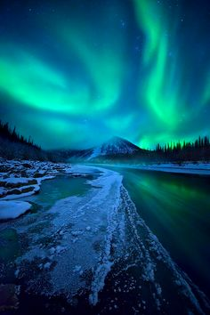 My Personal Bucketlist - see the Northern light  Follow my life and travels on http://www,yourlittleblackbook.me