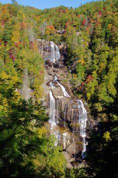 Whitewater Falls is the highest waterfall in eastern USA, in the North Carolina Mountains: Nc Waterfalls, North Carolina Waterfalls, North Carolina Usa, North Carolina Mountains, Beautiful Waterfalls, Beautiful Landscapes, Maggie Valley North Carolina, Places To See, Places To Travel
