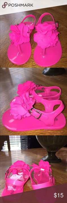 Almost New Kosla Kids Pink Flower Sandals Size 7.  Almost New 1 Time Wear Koala Kids Pink Sandals With Flower 🌺 On Top Koala Kids Shoes Sandals & Flip Flops