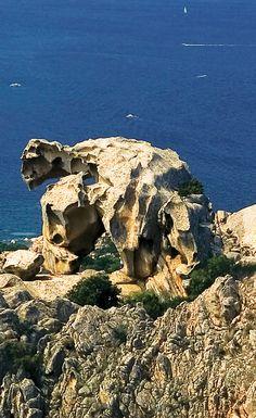 Roccia dell'Orso  5 Cose da fare e cose da vedere a Palau. Cultura e sport in Gallura.  5 best things to do during #holidays in #Sardinia #Palau #North #Gallura #excursions #discovery