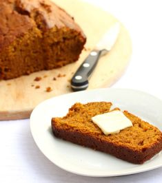 slow cooker pumpkin bread...so great for a warm day when you don't want to turn on the oven and aren't in a hurry