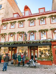 Quebec City at Christmas- The Ultimate Planning Guide – Travels With The Crew Canadian Travel