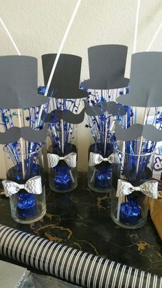Ideas For Birthday Table Decorations For Men Ideas Bow Ties 50th Birthday Party, Man Birthday, Birthday Balloons, Birthday Ideas, 50th Birthday Centerpieces, Birthday Table Decorations, Mustache Party Centerpieces, Cadre Photo Booth, Father's Day Celebration