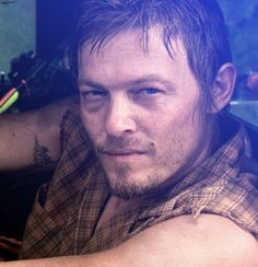 Daryl from walking dead! <3 loovee!