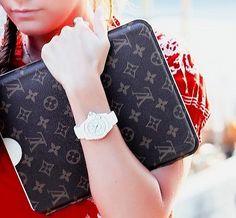 0469756d6f5 Louis Vuitton for I-Pad... Beautiful Handbags
