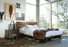 Reclaimed Wood bedroom furniture is a kind of great bedroom furniture made from North America that offers both eco-friendly and durability designs. Reclaimed Wood Bedroom Furniture, Wood Headboard, Headboard Ideas, Modern Headboard, Salvaged Wood, Industrial Furniture, Wood Furniture, Modern Furniture, King Headboard