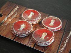 Carte de boutons en céramique 20 : rouge, 2 cm : Boutons par lili-pamplemousse