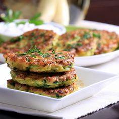 Zucchini and Lemongrass Fritters. Savory zucchini fritters with lemongrass parsley and shallots are easy to make and delicious to eat! Easy Banana Pancake Recipe, Brunch Items, Vegan Sour Cream, Side Recipes, Dinner Recipes, Brunch Recipes, Raw Vegan, Vegan Food, Vegan Sushi
