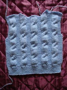 .........Oficina da Regina.......: Casaco de tricô para crianças de 3 anos Cardigan Bebe, Baby Knitting, Crochet Top, Diy And Crafts, Wool, Blanket, Pattern, Costa, Junho