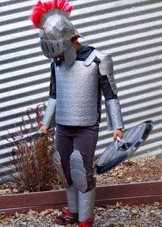 DIY Knight costume for boys.