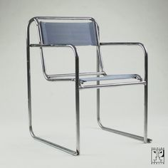 Pair of tubular steel armchairs in the style of the Bauhaus-Modernism design by Bruno Pollak - 3000 €