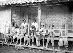 Angklung - Wikipedia, the free encyclopedia