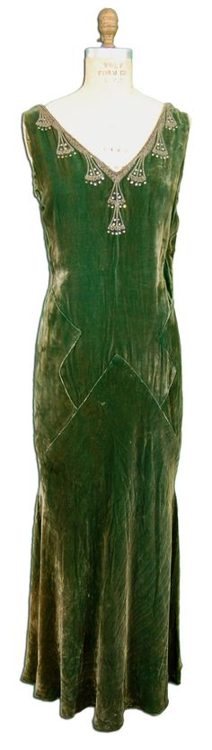 Gorgeous green silk velvet evening gown, circa late 1920s or early 1930s.